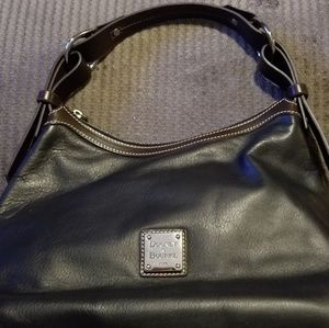 EUC Dooney and Bourke Black Leather Purse